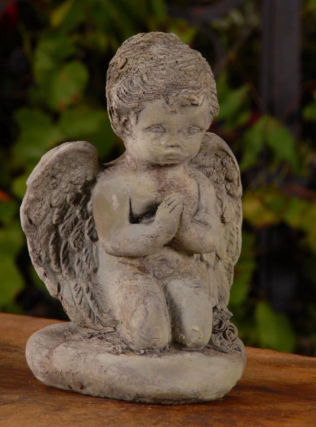 13007 Praying Angel