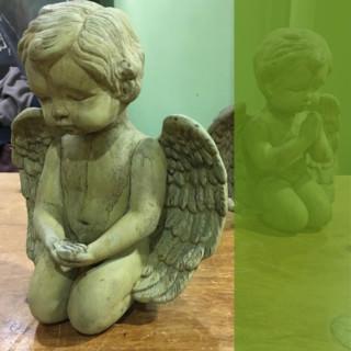 13109 Medium Giving Angel