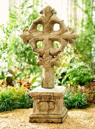 16000 Byzantine Cross with Pedestal