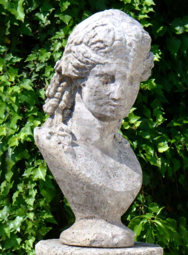 22005 Athena Bust