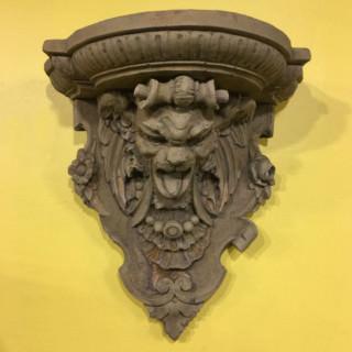 37003 Gothic Corbel Shelf
