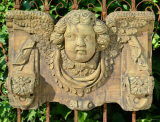 38004 Old English Cherub Bracket