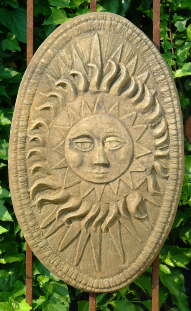 38022 Oval Sun Plaque