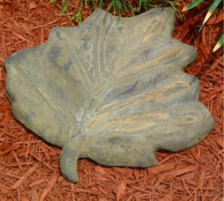 48002 Maple Leaf Stepping Stone