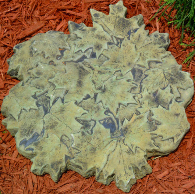 48003 Leaf Cluster Stepping Stone