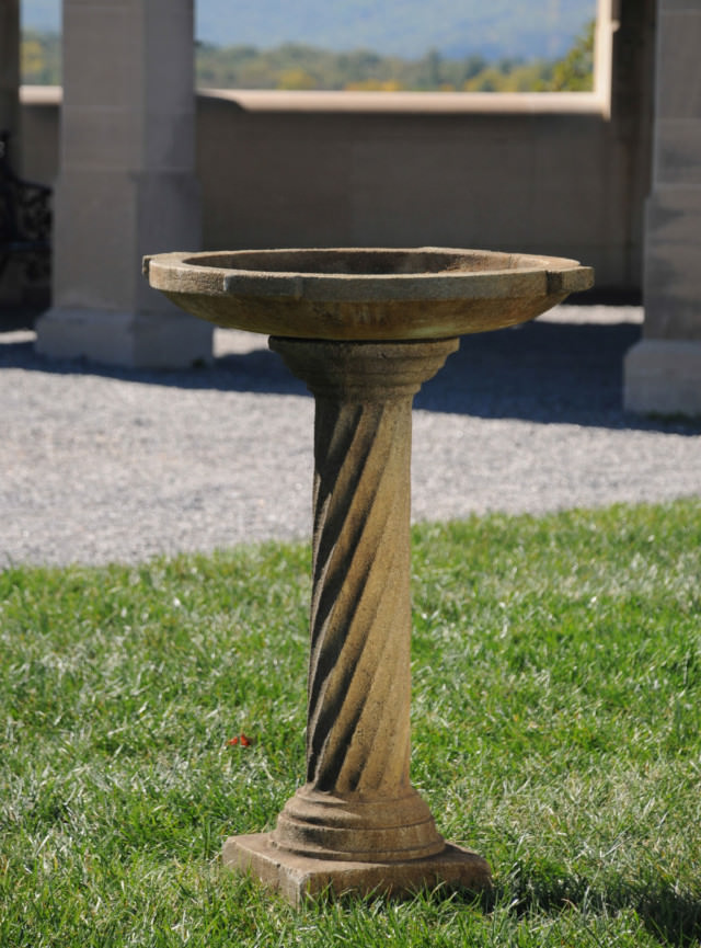 52021 Greek Column Birdbath *Biltmore*