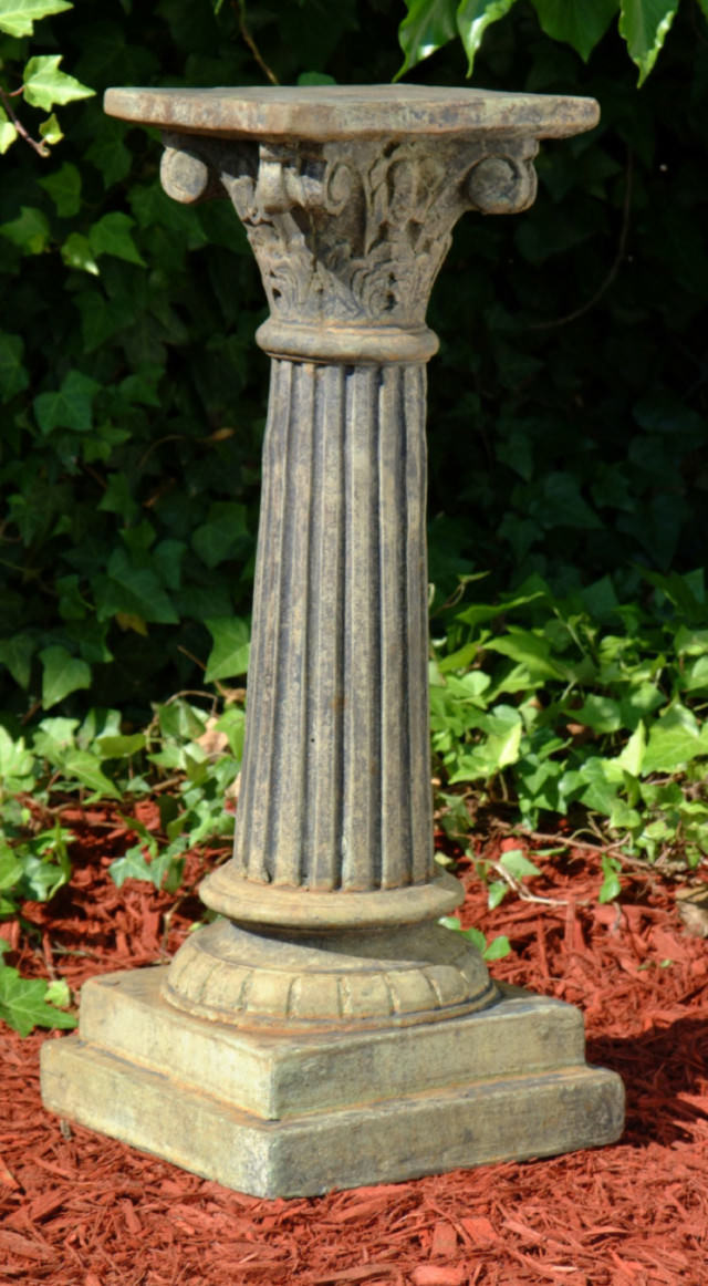 55007 B Large Sicilian Pedestal