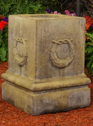 55024 Renaissance Wreath Pedestal