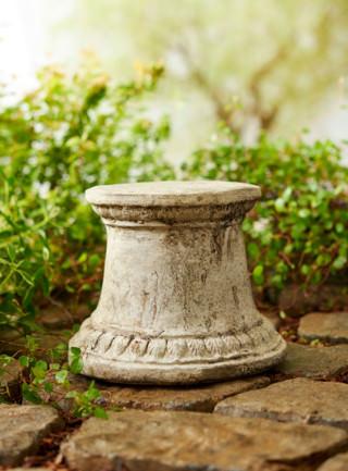 55043 Small Smooth Pedestal