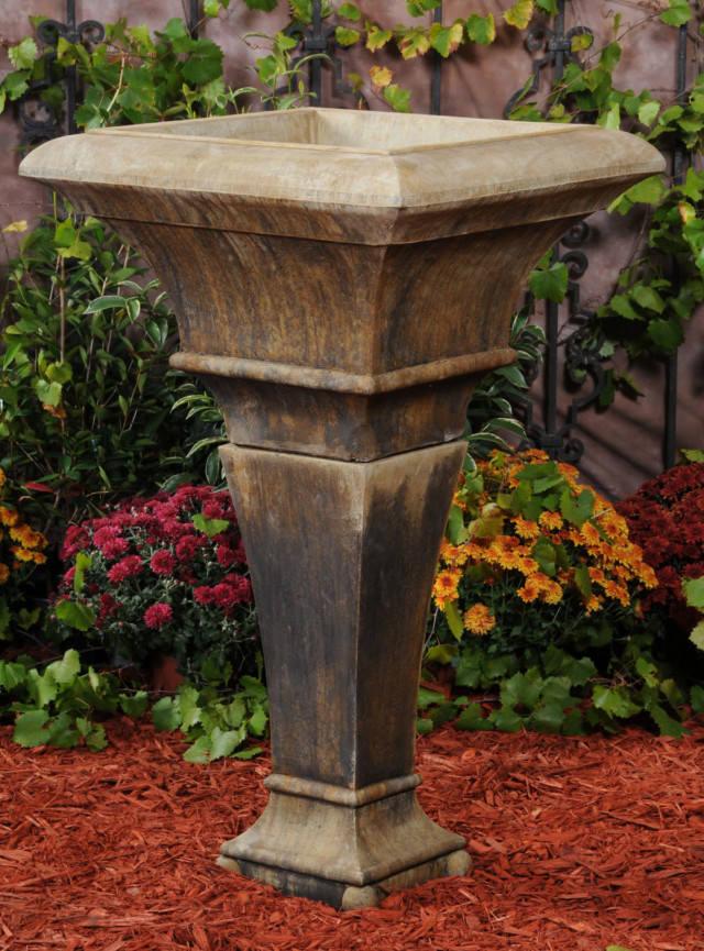 61008 Midi Urn with Pedestal