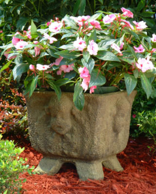 61014 Square Charleston Cherub Planter