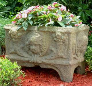 62001 Charleston Cherub Planter