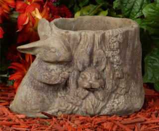 63003 Bunny-in-Stump Pot