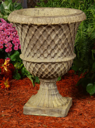 64401 French Lattice Urn