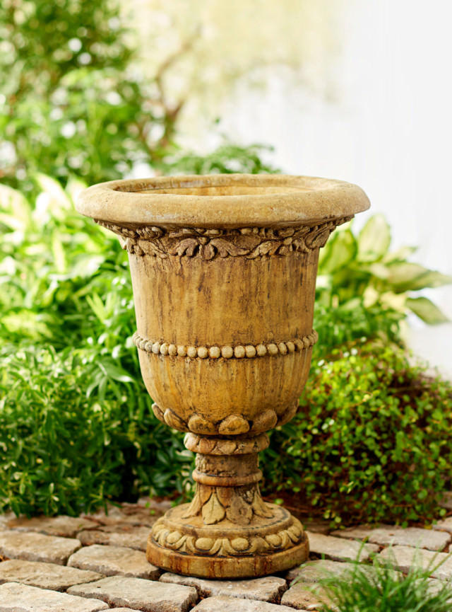 64505 Georgian Terrace Urn