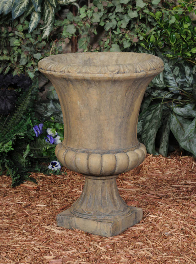 64604 Roman Urn
