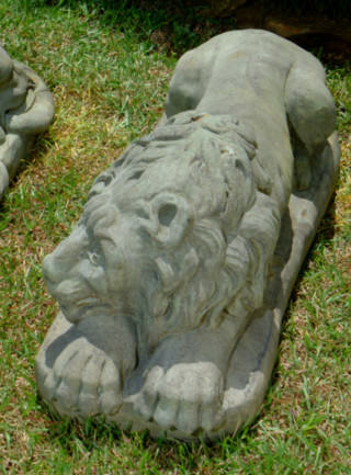 87001 Canova Lion Right