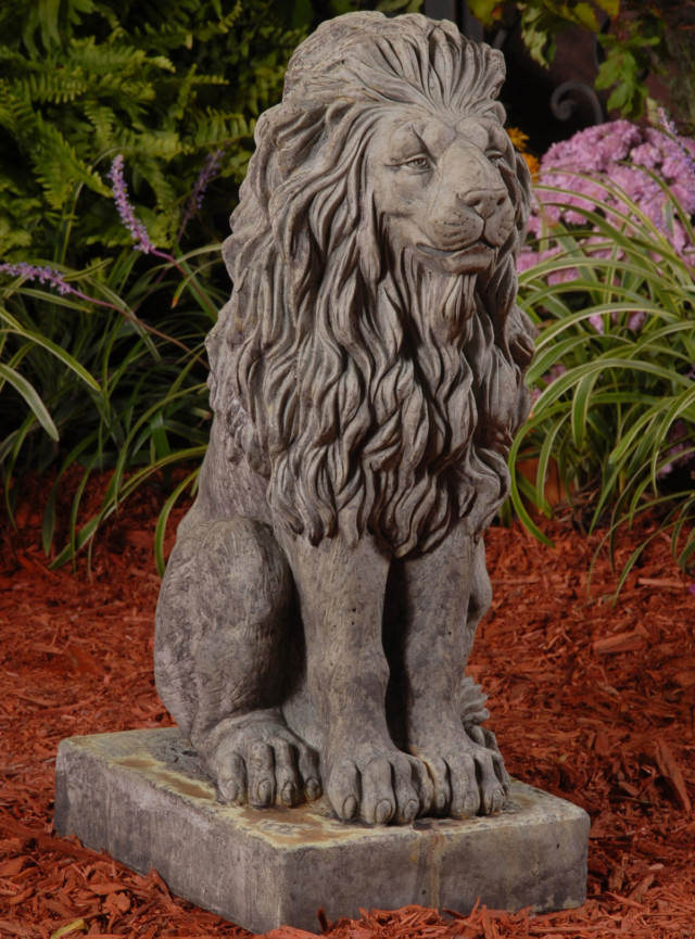 87007 Royal Sitting Lion